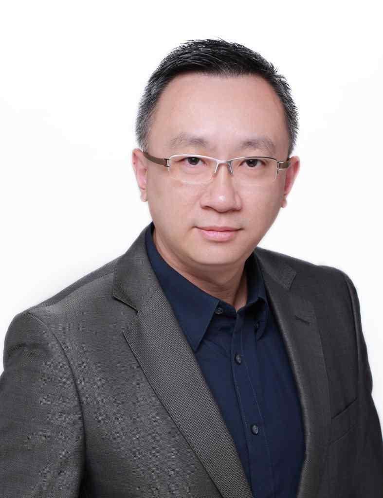 香港資訊科技商會榮譽會長方保僑